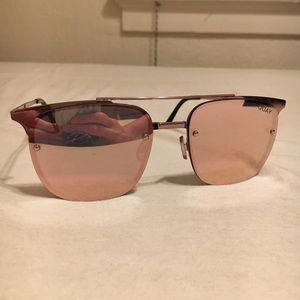Quay rose gold large sunglasses